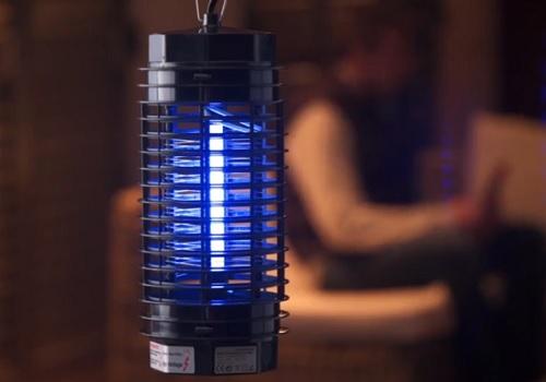 /Única 1 Azul Gosear Raqueta Moscas USB con Luces